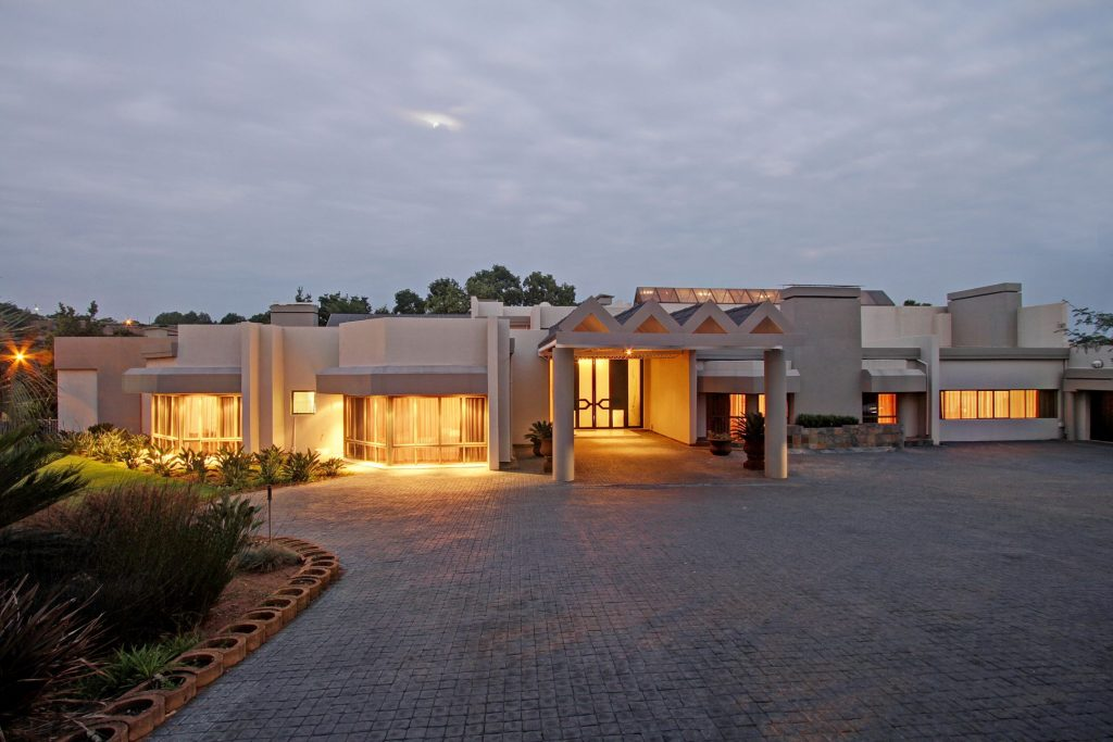 Modern Home Of Striking Innovation Roma Naude Remax